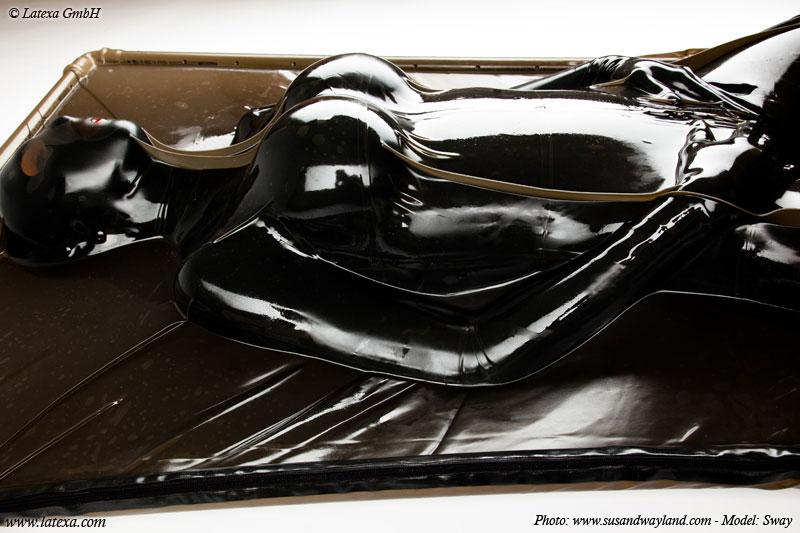 Latexová vakuová postel (200 x 100 cm) - la3056